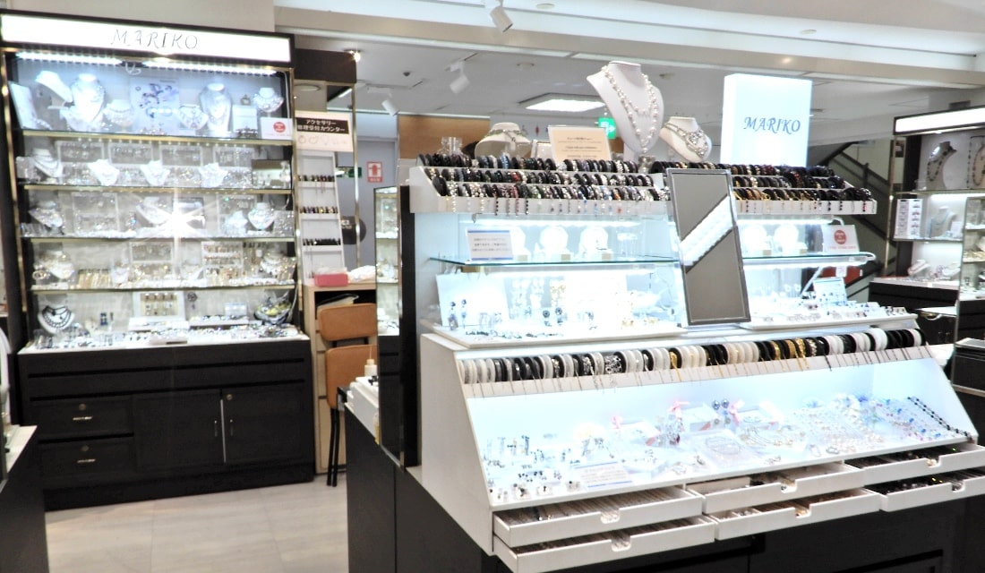 ネックレス チェーンの修理・切り売りのマリコ 新宿店1249